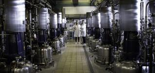 Осмотр ферментеров и биореакторов промышленной системой телеинспекции на базе противоударного квадрокоптера ELIOS
