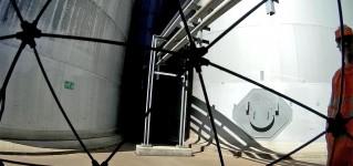 Инспекция резервуаров для хранения углеводородов и химических веществ системой телеинспекции на базе противоударного квадрокоптера